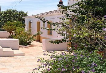 2 bedroom Cottage for rent in Tavira