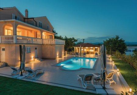 Villa in Vrh, Croatia