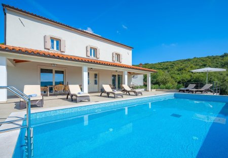 Villa in Ripenda Kras, Croatia