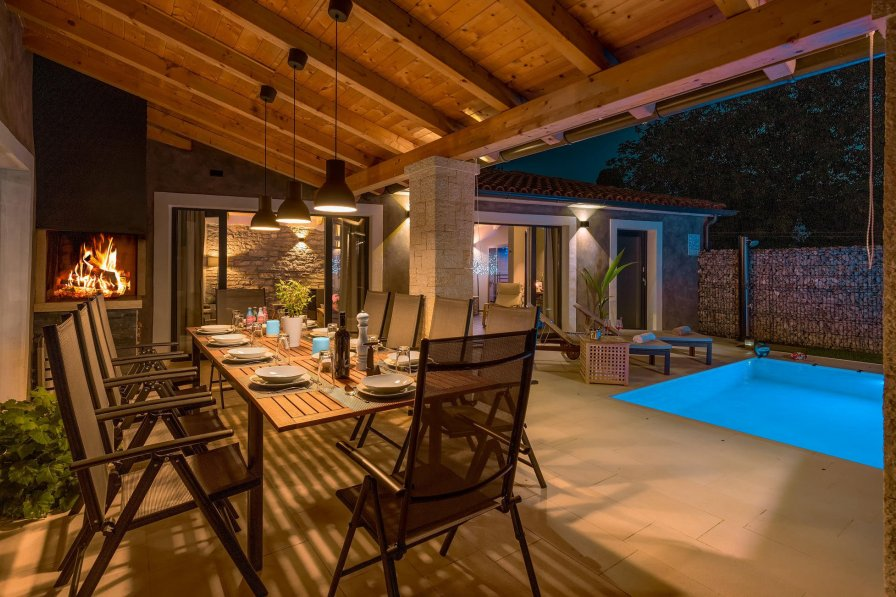 Villa in Croatia, Melnica