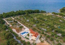 Villa in Supetar, Croatia