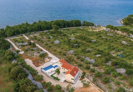 Villa in Supetar, Croatia