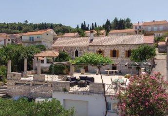 3 bedroom Villa for rent in Lumbarda