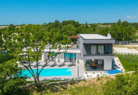Villa in Šivati, Croatia