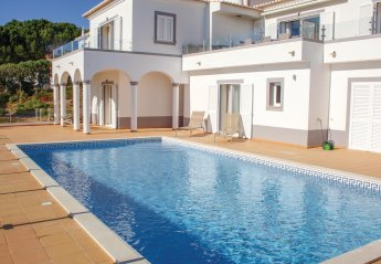 4 bedroom Villa for rent in Budens