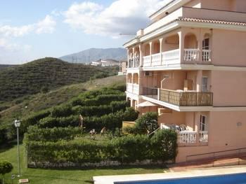 Apartment in Spain, Mijas Costa: Rear of apartment