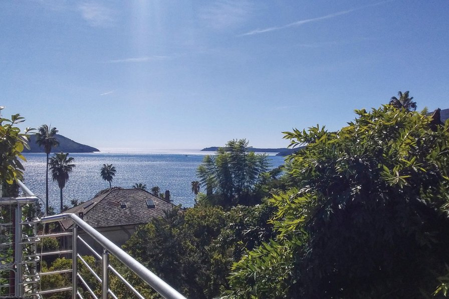 Owners abroad Herceg Novi apartment to rent