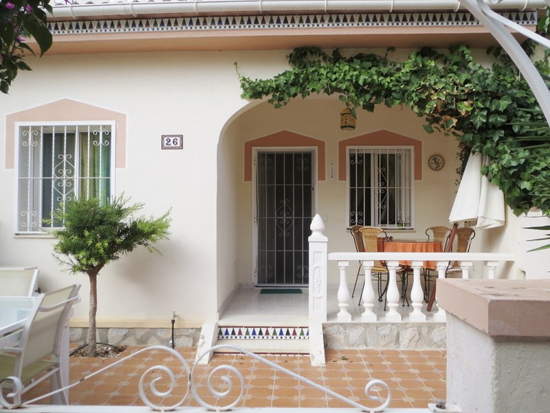 Bungalow in Spain, Dona Pepa