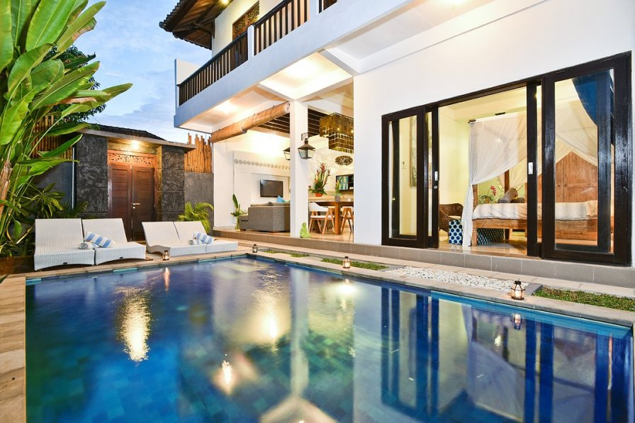 Owners abroad VILLA ORIA DUA· Best location in the heart of Legian.