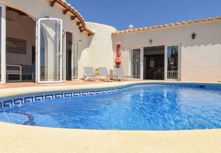 Villa in Cumbre del Sol, Spain