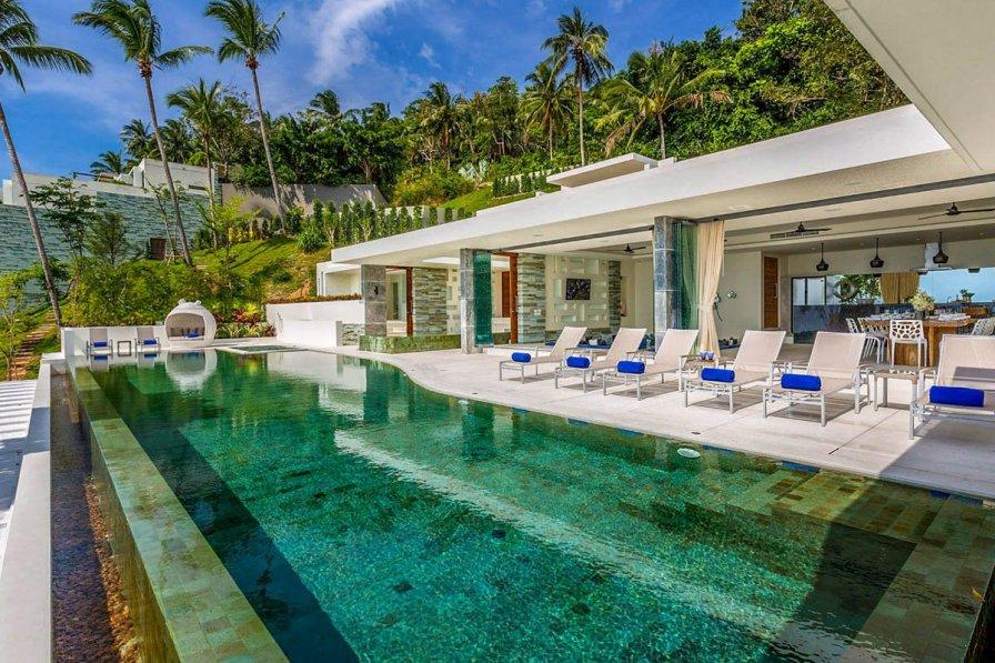 Villa in Thailand, Koh Samui: Lime Villa 3. A luxury and private 5 bedroom modern villa located in..
