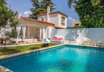 2 bedroom Villa for rent in Marbella