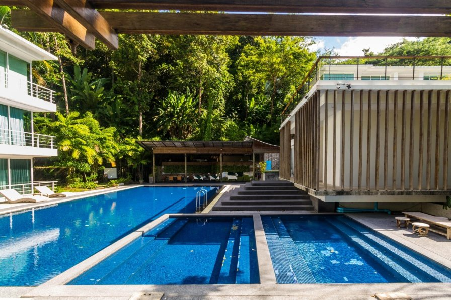 Thai holiday studio rental with shared pool