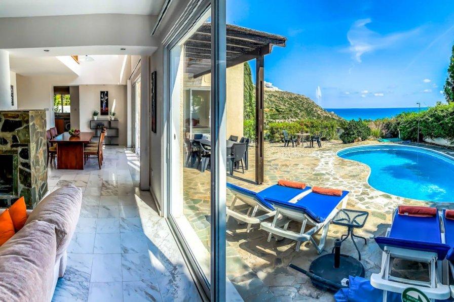 Owners abroad Villa Bossanova