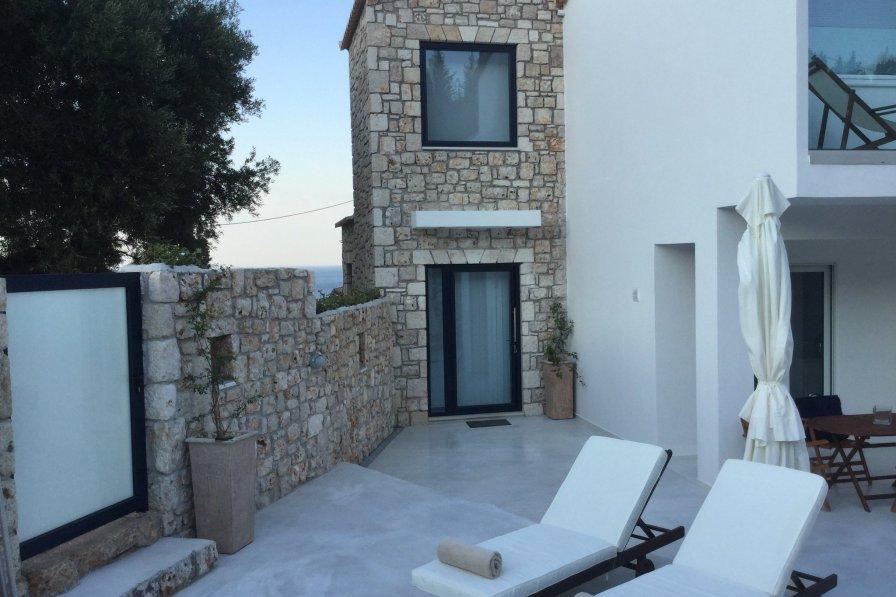 Villa in Greece, Volimes
