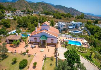 5 bedroom Villa for rent in Frigiliana