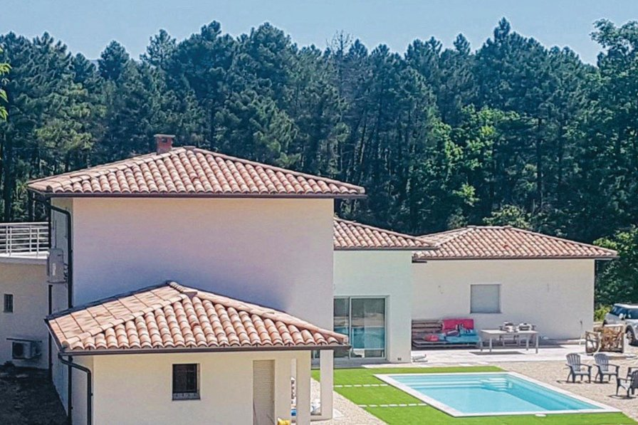 Villa to rent in Montauroux, South of France