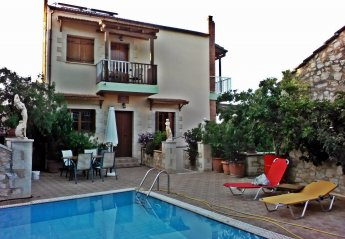 2 bedroom House for rent in Apokoronas