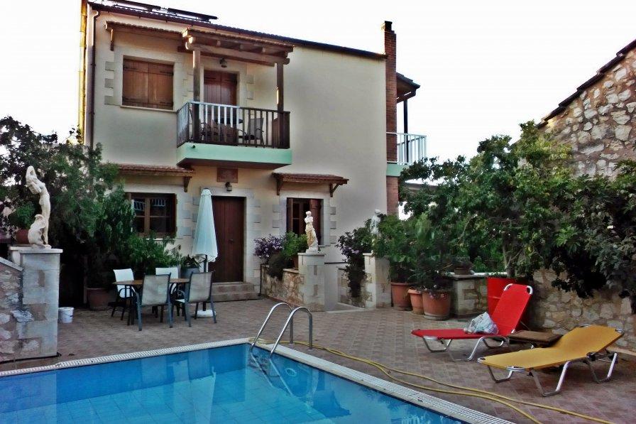 House in Greece, Armenoi