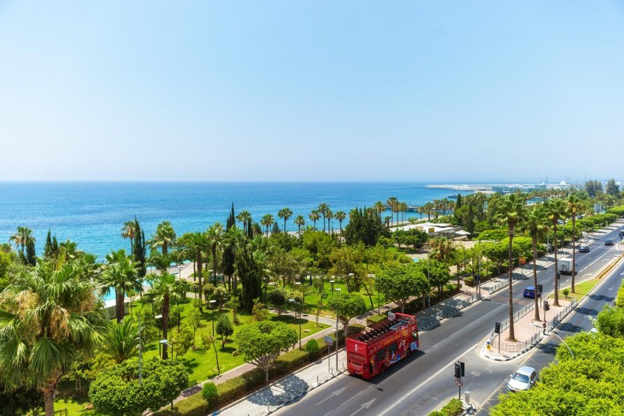 Owners abroad Panoramic Seaview Luxury 2 Bedroom Apartment'in Limassol
