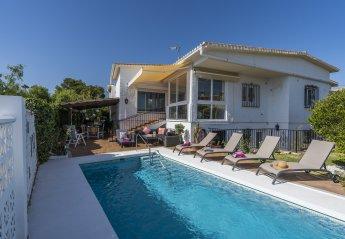 5 bedroom Villa for rent in Elviria
