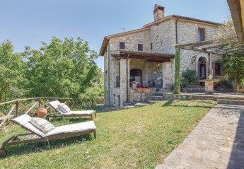 4 bedroom Villa for rent in Todi