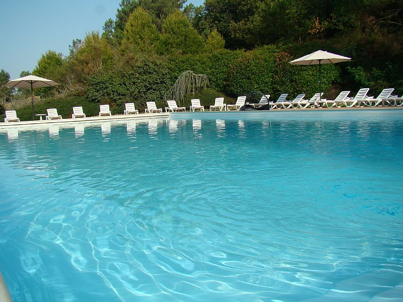 Villa in France, Brossac: Pool reserved for guests of Les Pinèdes