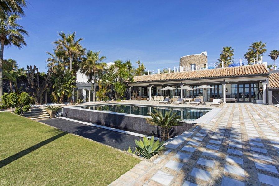 Villa in Spain, Los Monteros: **All photos ©Rocketshot360.com**Tel: +34 679 975 988Property ..