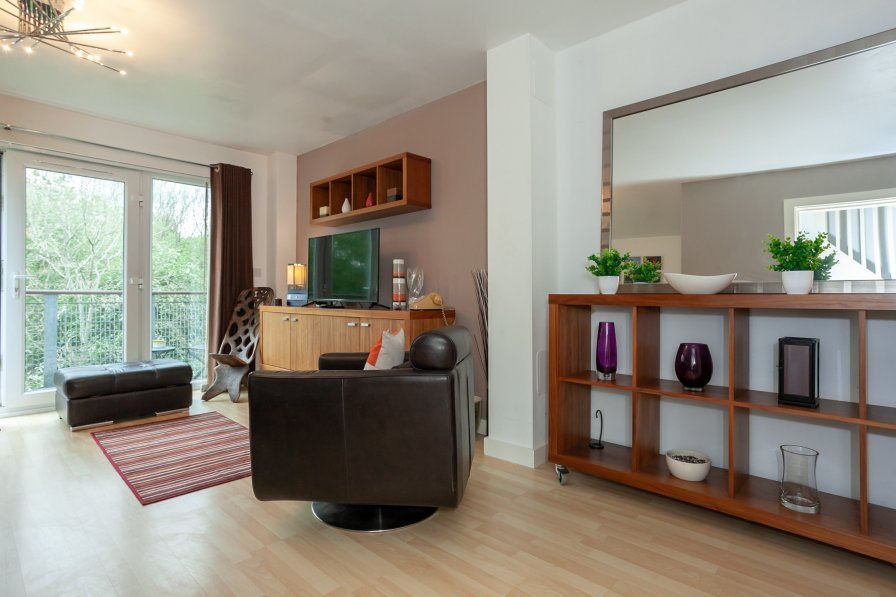 Manchester Trendy Townhouse sleeps 6- Lakeside View