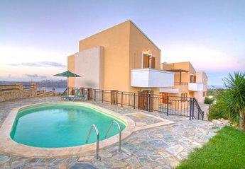 Villa in Greece, Megala Chorafia