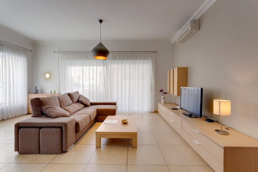 Owners abroad SUPERB APARTMENT IN FORT CAMBRIDGE WITH POOL