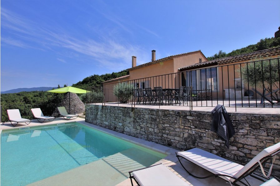 Saignon villa to rent