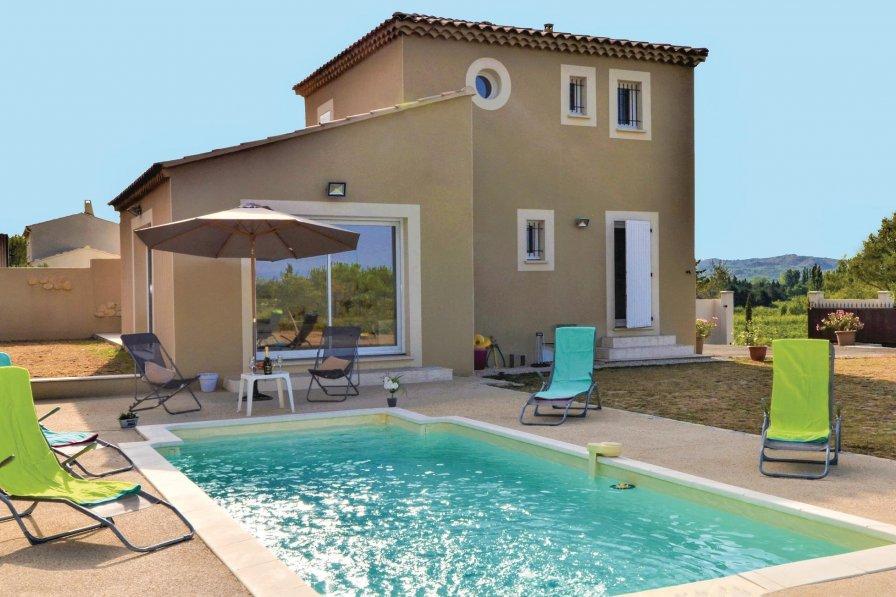 Villa in France, Barbentane