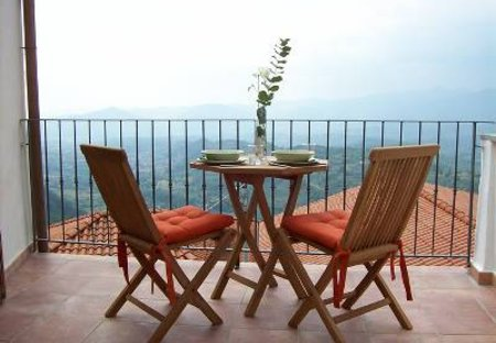 Village House in Bastia, Italy: The view from the breakfast terrace