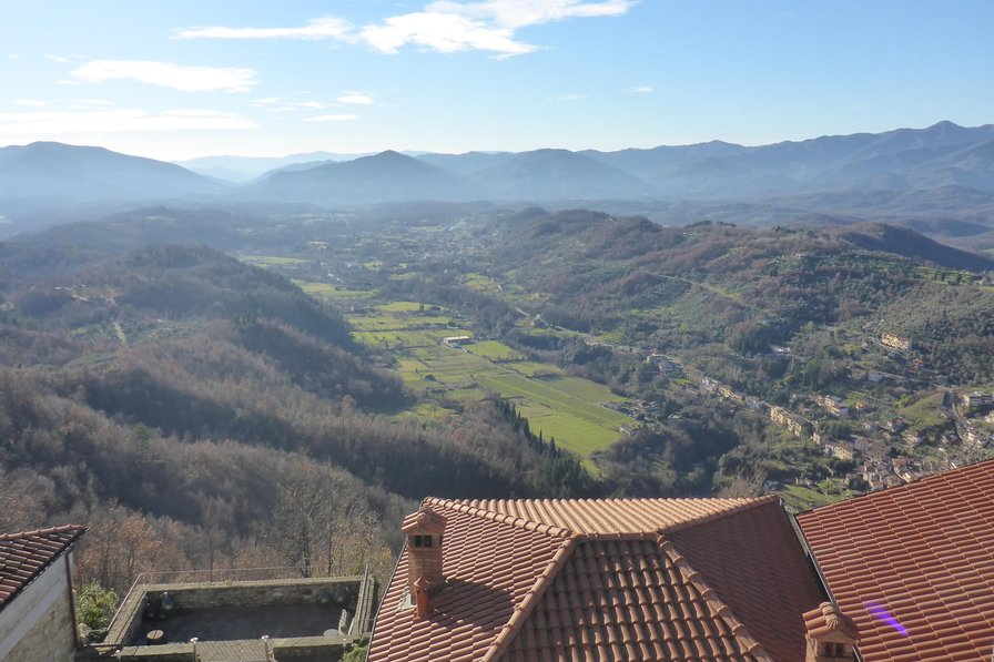 Village house in Italy, Lunigiana