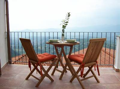Village house in Italy, Lunigiana: The view from the breakfast terrace