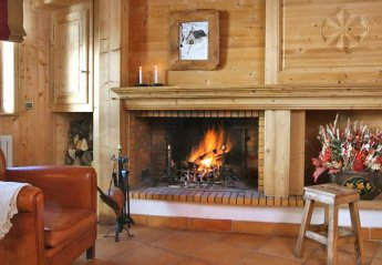 4 bedroom Chalet for rent in Val d'Isere