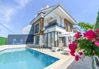 4 bedroom Villa for rent in Fethiye Town