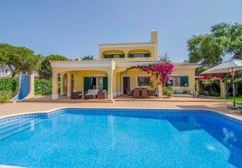 3 bedroom Villa for rent in Quarteira