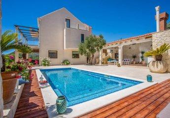 7 bedroom Villa for rent in Orasac