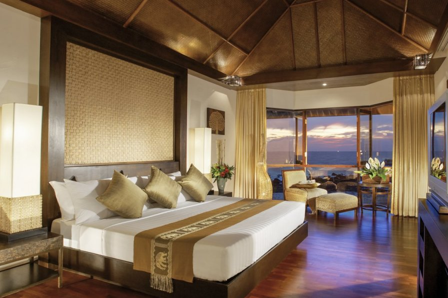 Owners abroad Villa Taahir