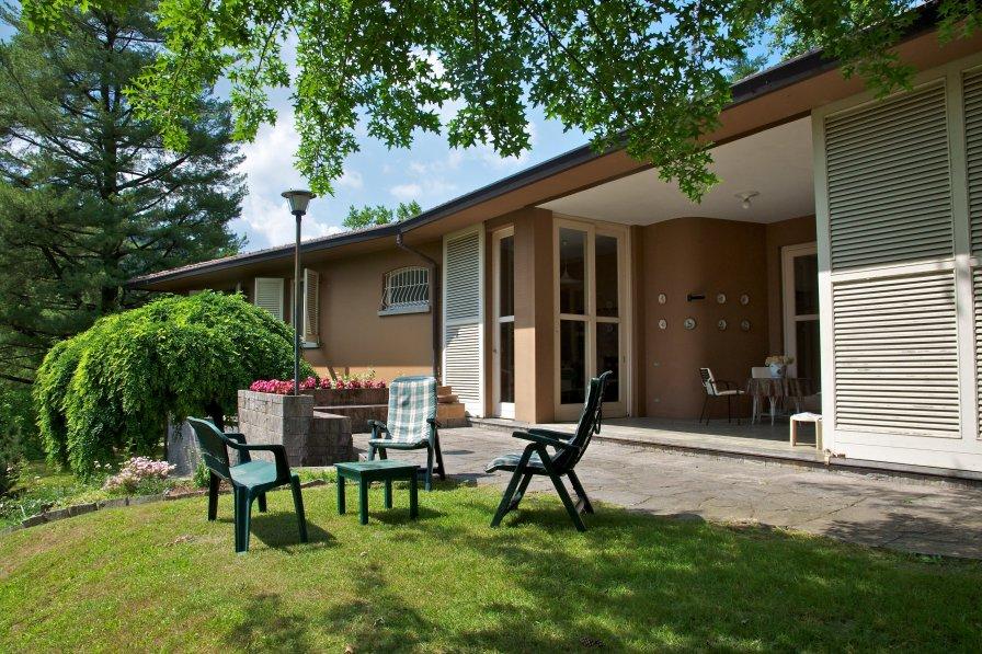 Villa in Italy, Comabbio