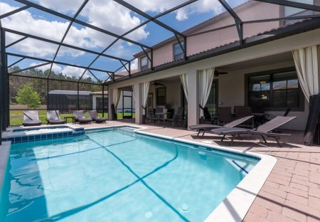 Villa in Florida Pines, Florida