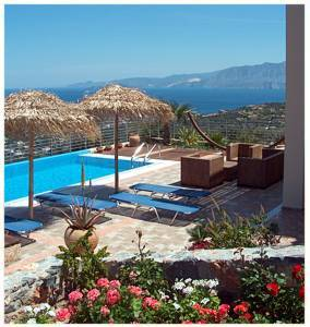 Villa in Greece, Aghios Nikolaos: Pool & view