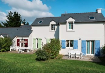3 bedroom Villa for rent in Crozon