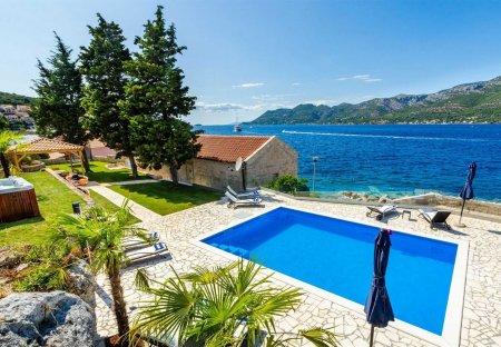 Villa in Korčula, Croatia
