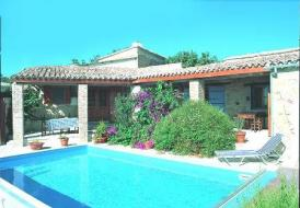 Villa Melissi - 2 Apartments with pool