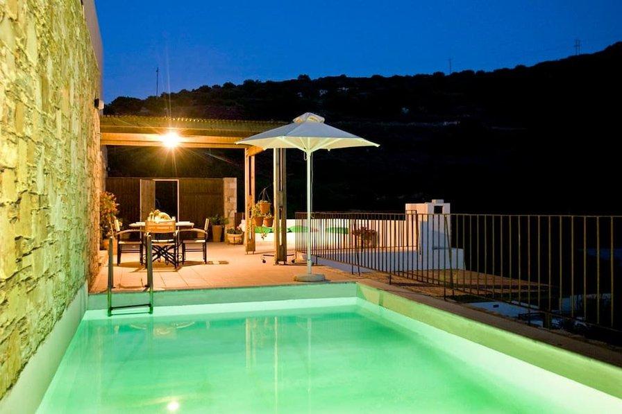 Villa in Greece, Istron