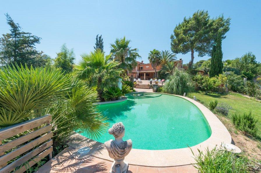 Villa in Spain, Llubí