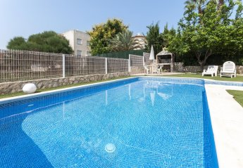 3 bedroom House for rent in Oliva